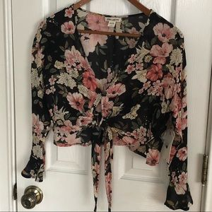 BillaBong NWT Floral Front Tie Crop Top